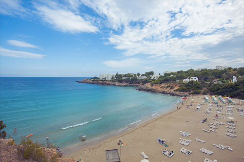 Kindvriendelijk strand Cala Llenya